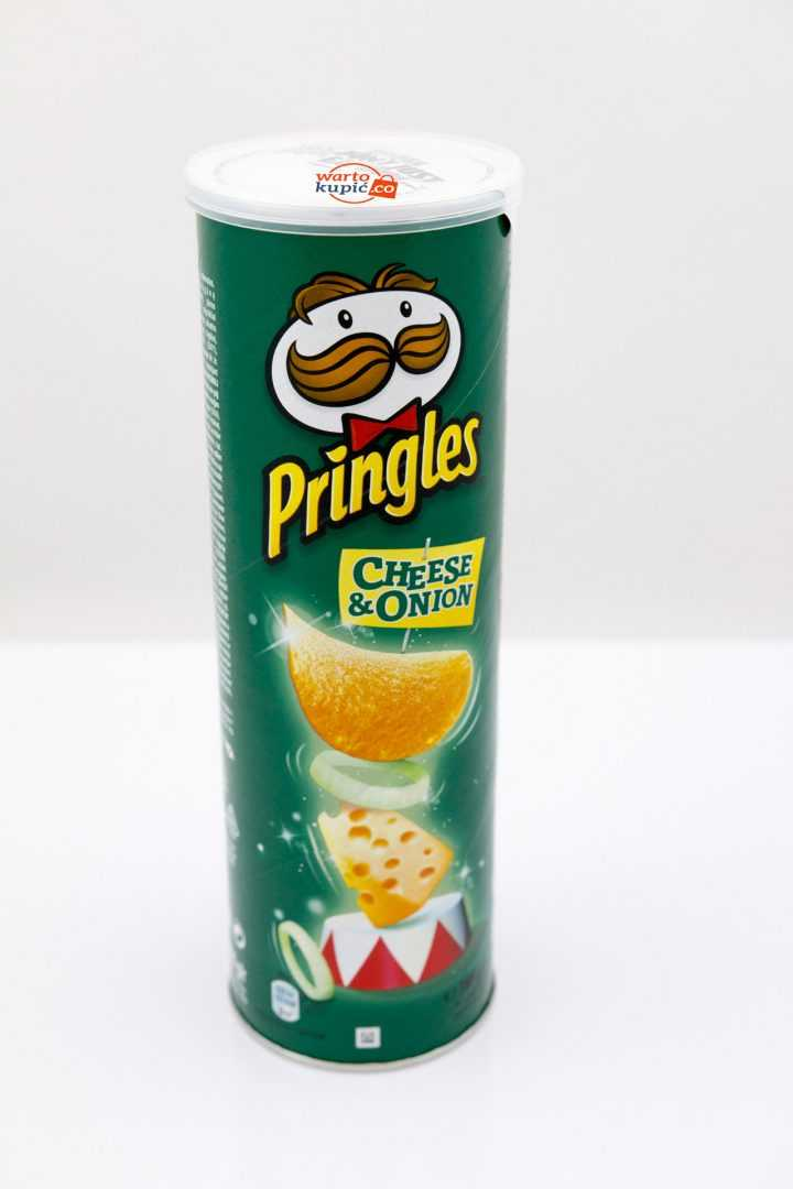 Chipsy Pringles - cheese and onion